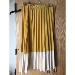 Ruffle Midi Skirt- Worn Once